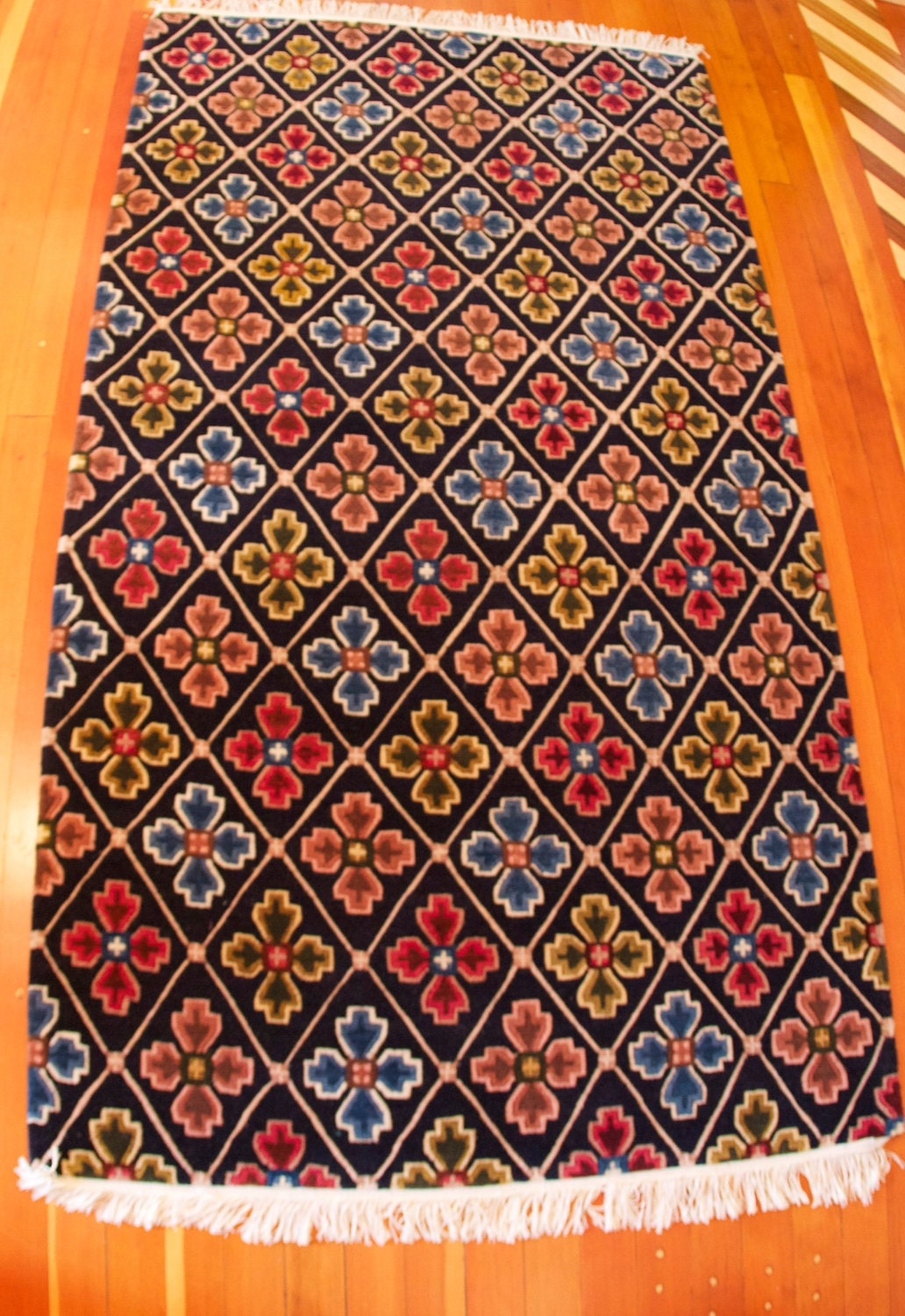 Hand-knotted, hand-dyed Tibetan Wool Rug - Double Dorje Design