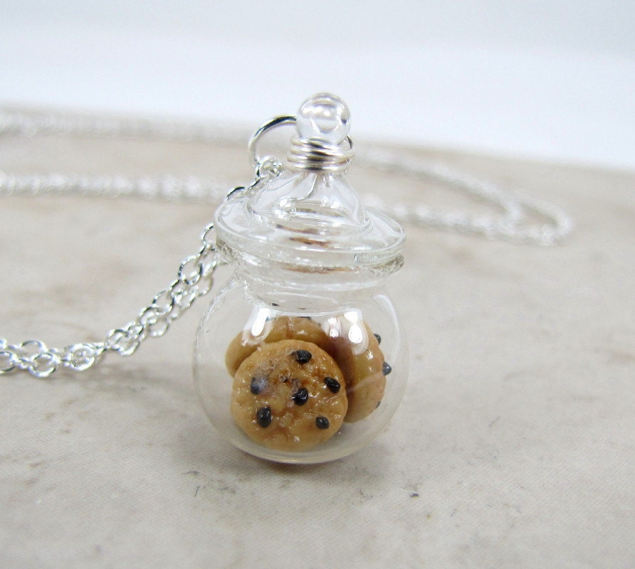 Chocolate Chip Cookie Jar Necklace - CuteAbility