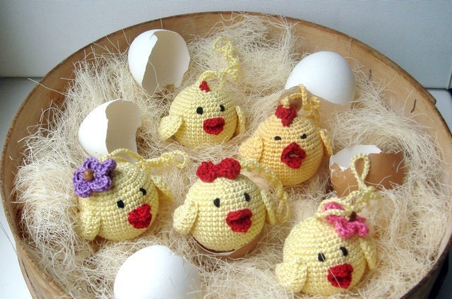 Yellow chicks - Baby Toy Rattle Chick chicken- Babywearing - Crochet toy - Chicks for Easter Home decoration Ornament Easter weddings