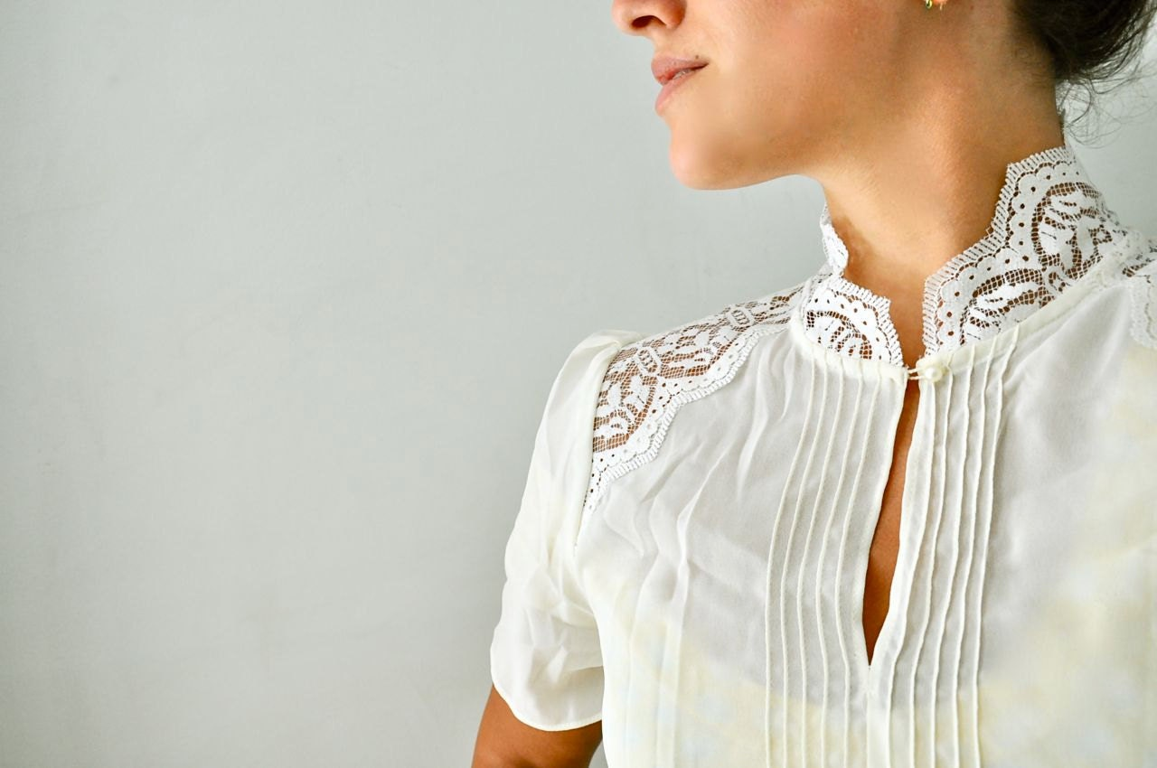 Vintage Wedding Dress Short : Vintage wedding dress lace ivory short sleeve by pamplepluie