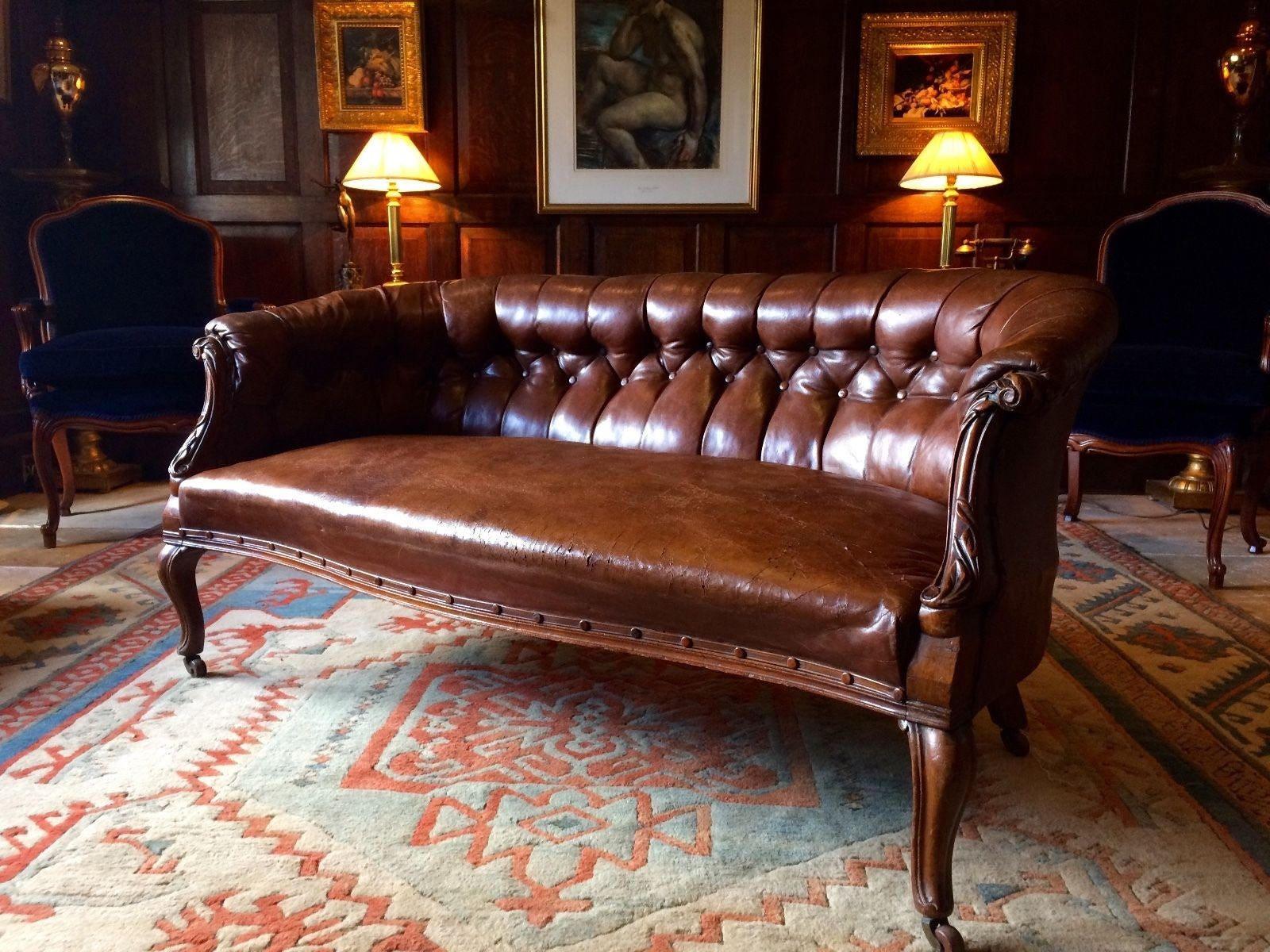 Stunning Antique Victorian Walnut Framed Button Leather Sofa 19th Century