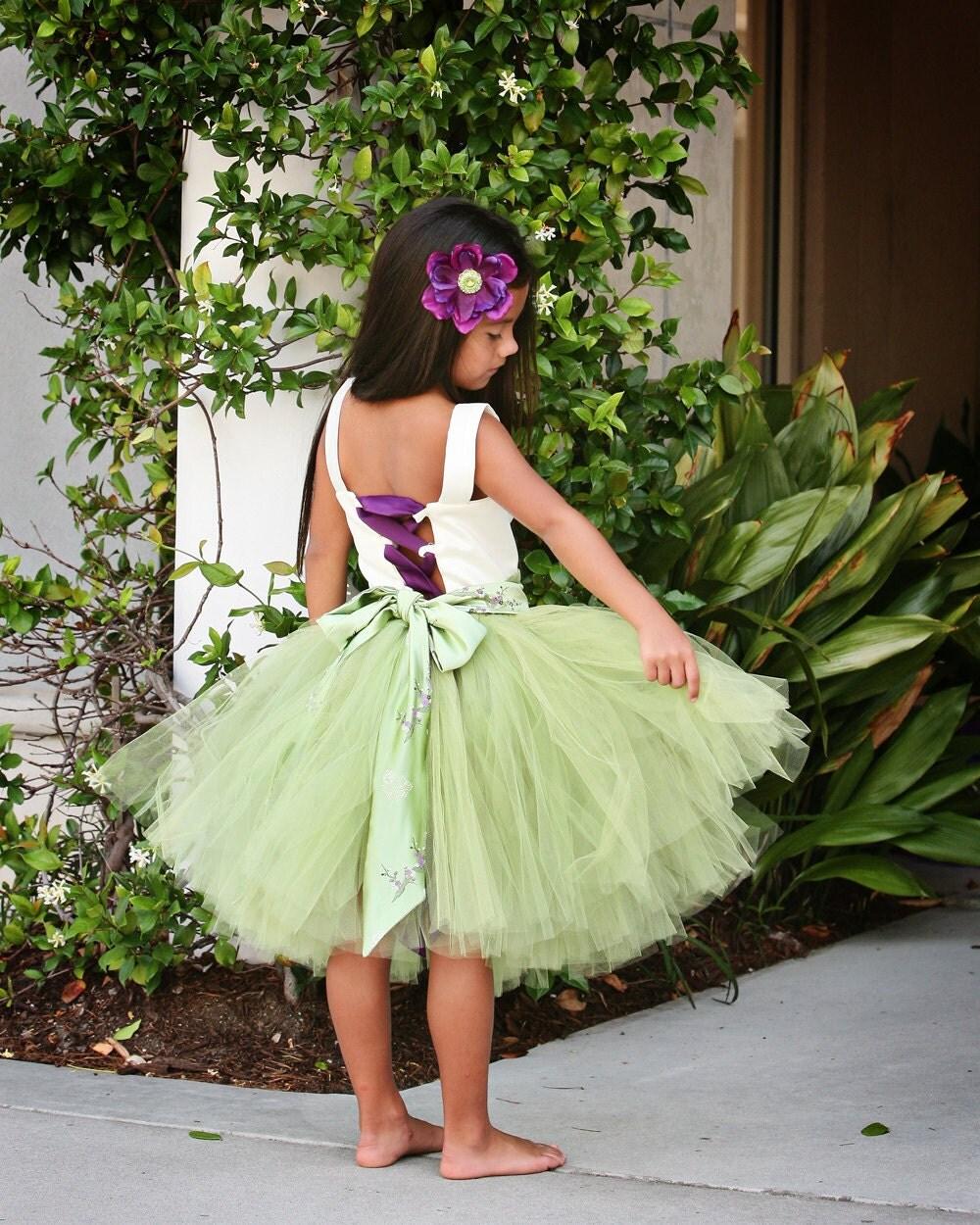 Knee Length Flower Girl Tutu Dress--Green and  Ivory   <hr class=