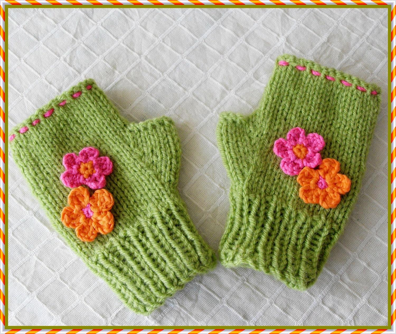 Children FLORAL mittens Cute Children Design ( for 2-3-4-5-6-7-8 years old )  GREEN