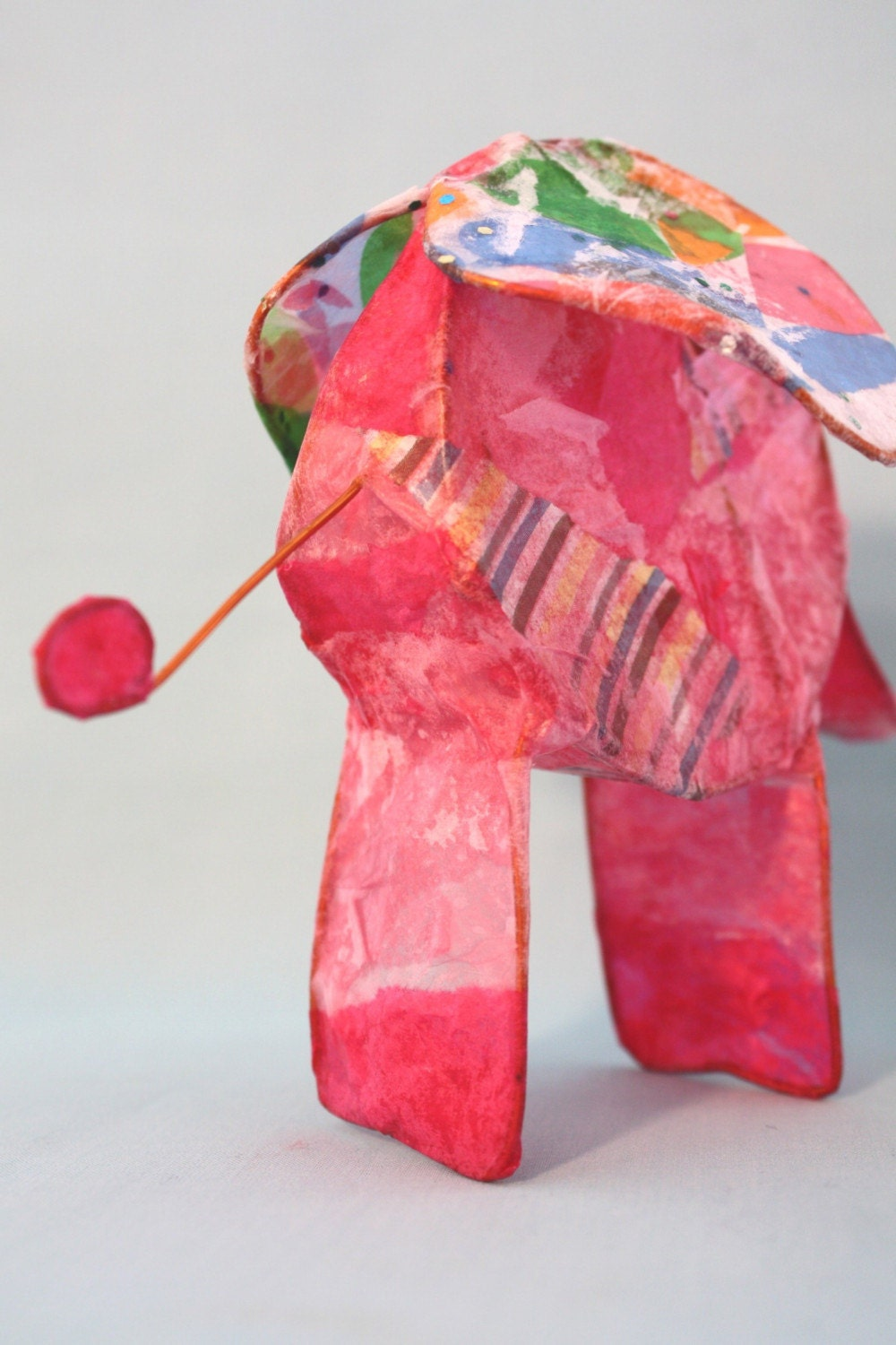 pink elephant - paper and wire sculpture E28