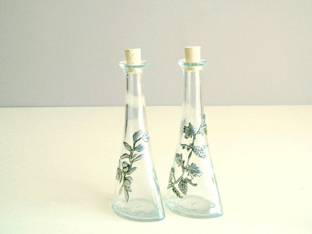 Oil Vinegar Bottles Pewter Olive Grape Motif - Loutul