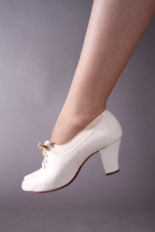 Vintage shoes 1930s women
