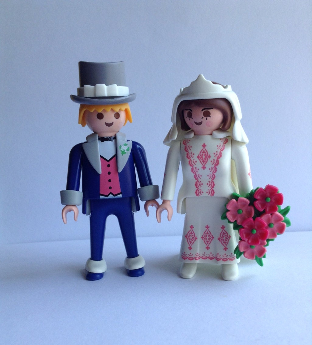 Playmobil Bride And Groom With Wedding Cake
