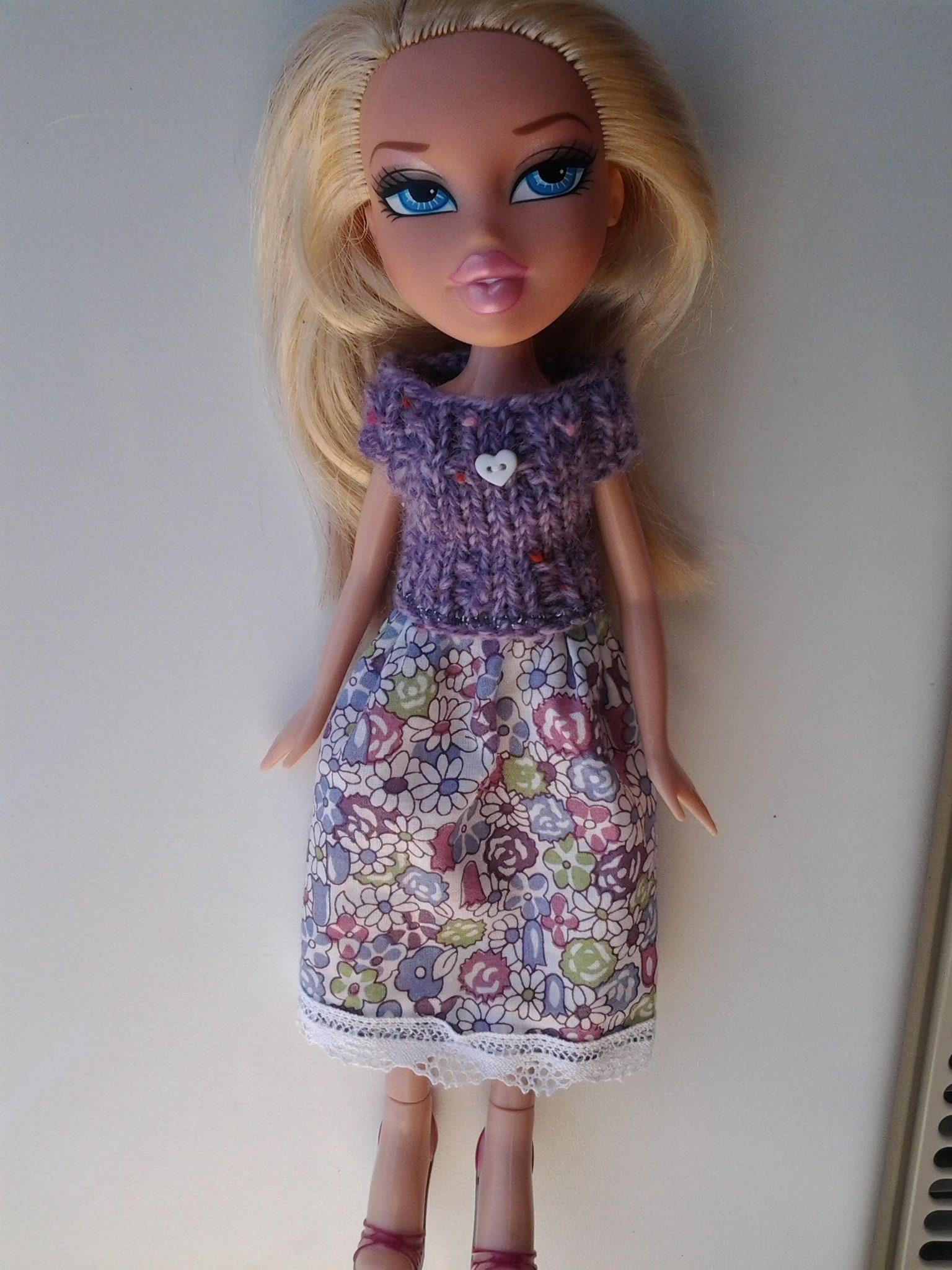 Dress. Bratz doll pullon handmade doll clothes.