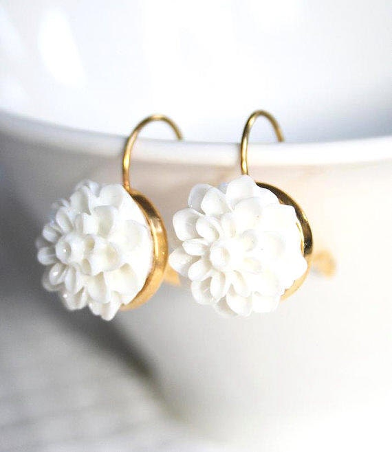 White mum Earrings, classic White and gold earrings, White flower beauty earrings ,white Crysanthemum earrings, Wedding -Etsy gift - AngelPearls