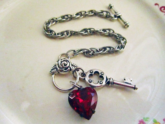 Heart Jewelry, Red Heart Bracelet, Valentine Jewelry Bracelet, Skeleton Key Bracelet, Valentines Day, On Sale