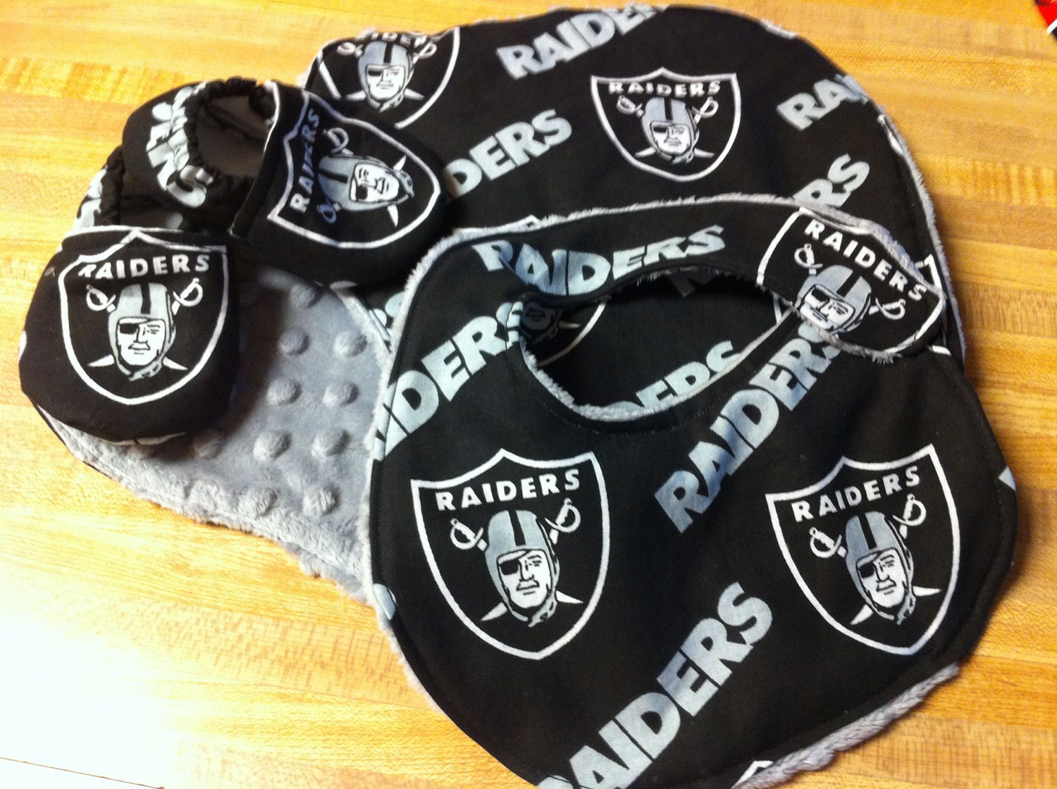 Oakland raiders baby gift set by saluna on etsy for Outboard motor shop oakland