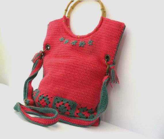 Crochet bag, hot pink, green, granny squares messenger bag, bamboo handles handbag - GrannyKnowsBest