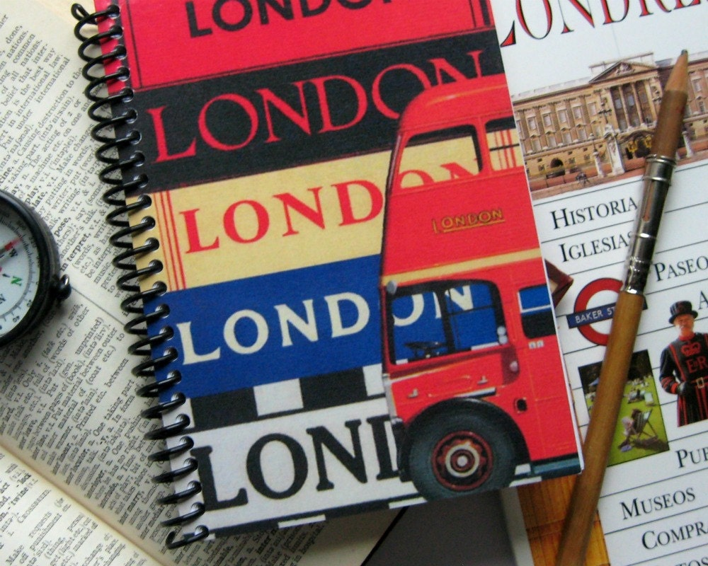 London and Red Bus - Spiral Notebook (4 x 6)