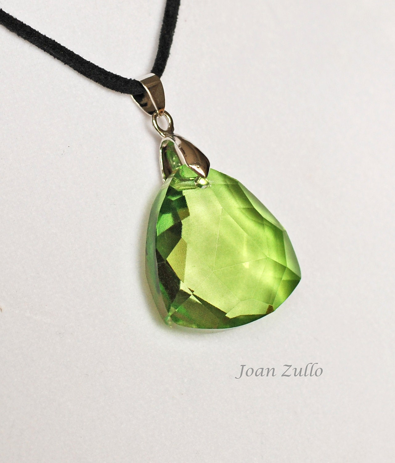 kryptonite 18 inch necklace geekery facet by
