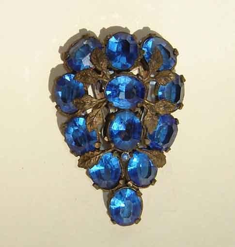Vintage 30s Brooch Rhinestone Art Deco Bohemian Czech Blue Sapphire Crystal Dress Clip - metroretrovintage