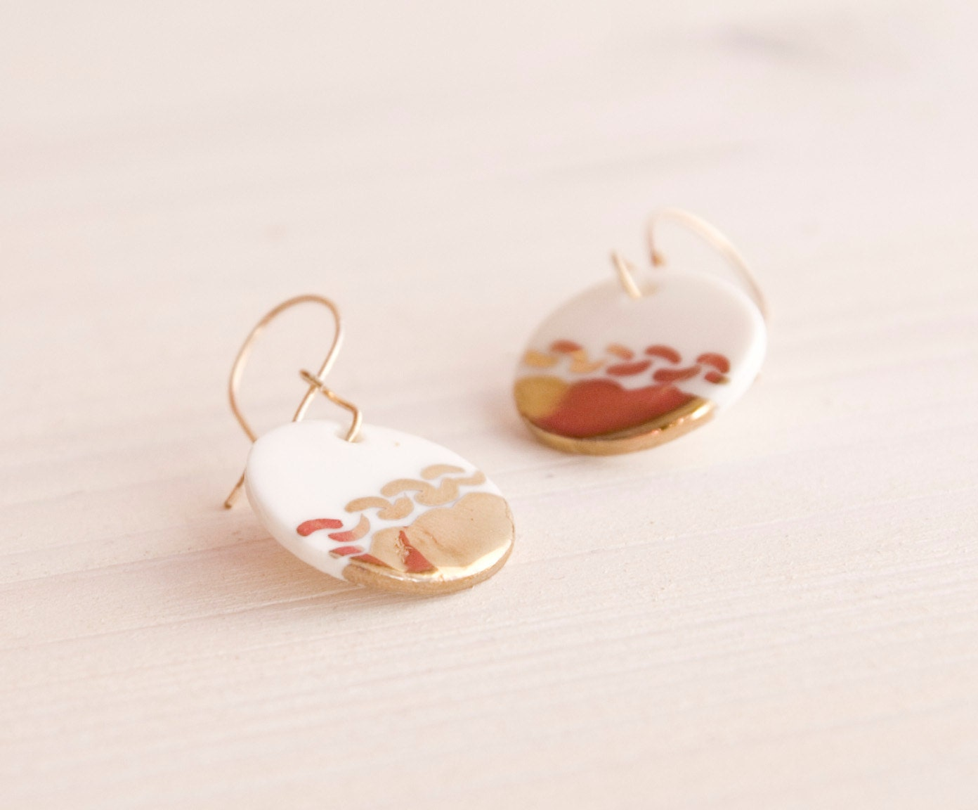 Dangle earrigs gold and porcelain - white porcelain on gold plated hooks, disc porcelain jewelry, modern ceramic earrings, bridal earrings - jewelryfromimka