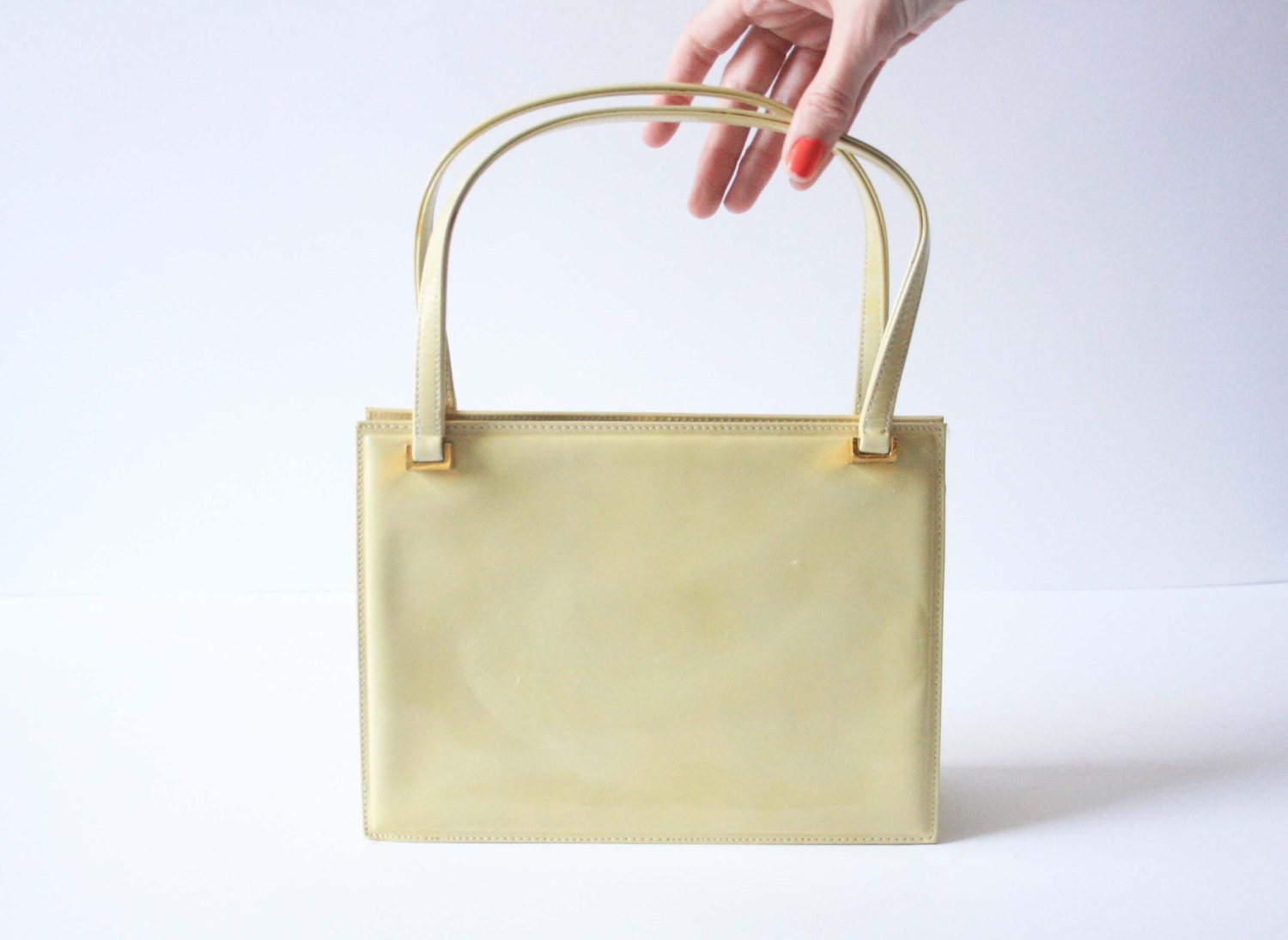 Vintage 1960s Rayne Dusty Yellow Patent Leather Handbag  Excellent Condition  Purse