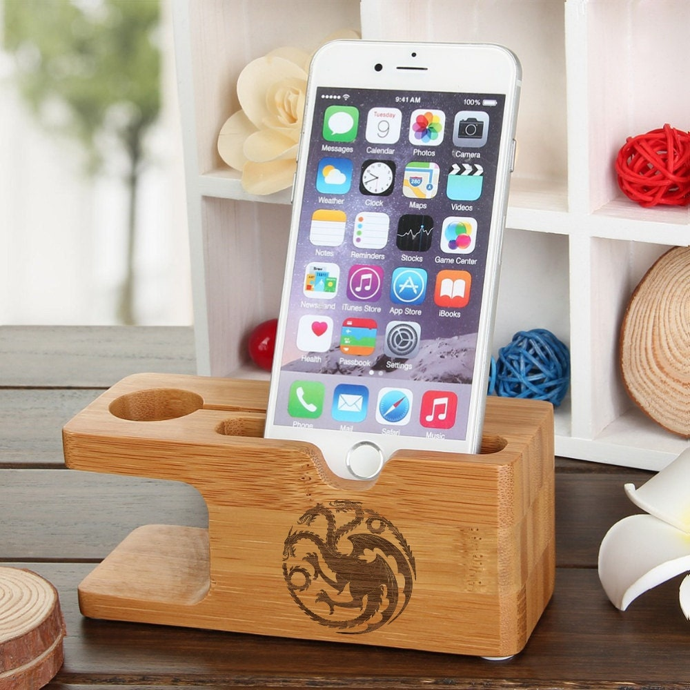 iPhone Dock Apple Watch Game of Thrones Mother of Dragons House Targaryen Natural Wood Galaxy S7 Dock Station Daenerys Targaryen Watch Stand