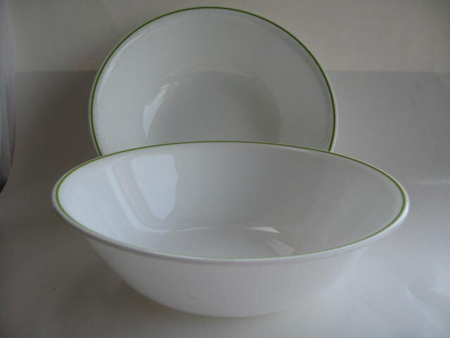 Vintage Corning Corelle Serving bowls white with green trim (2) - Klassic