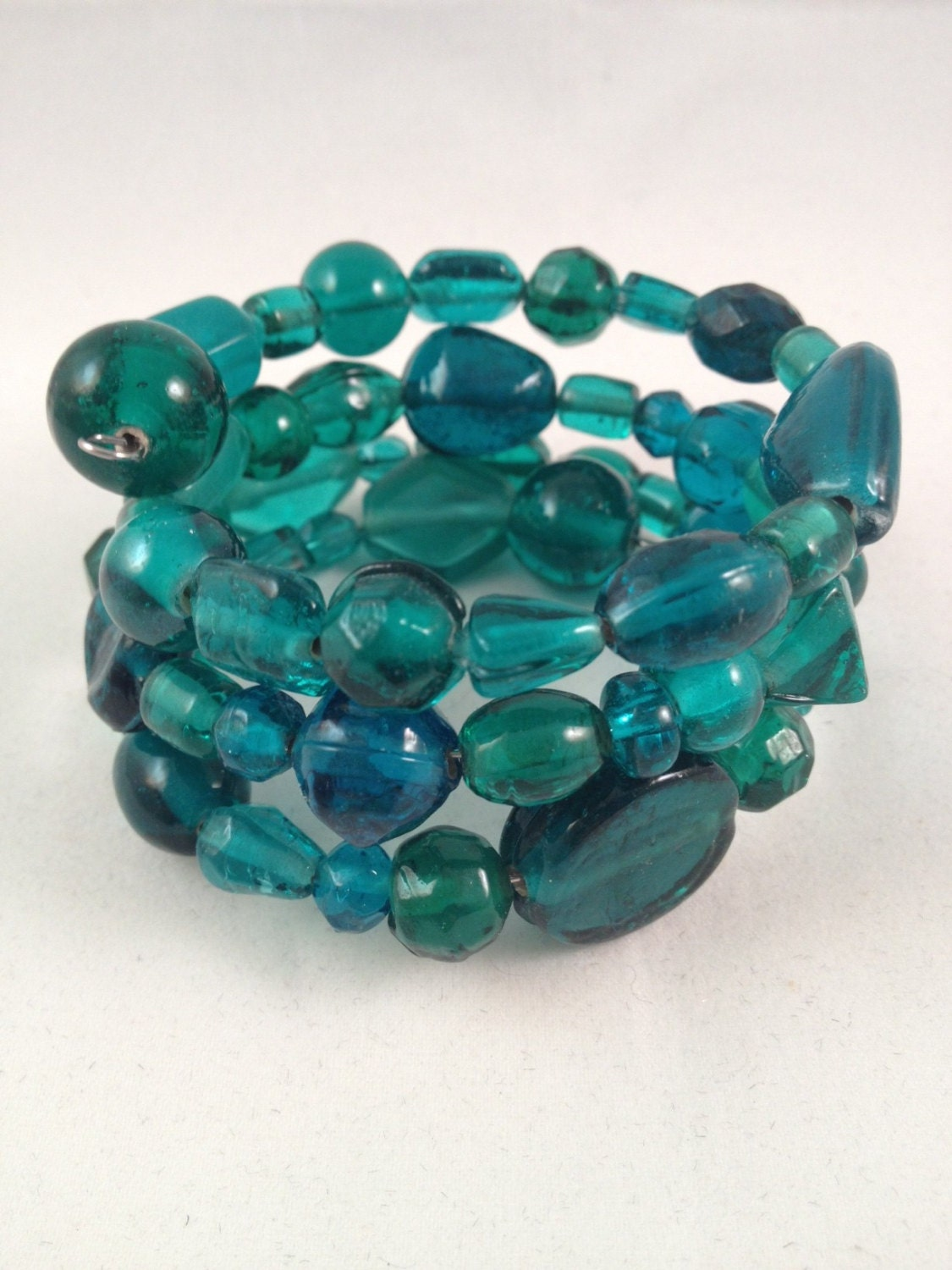 Gorgeous Green/Blue Glass Bracelet with FREE matching earrings - IvyLouJewelry