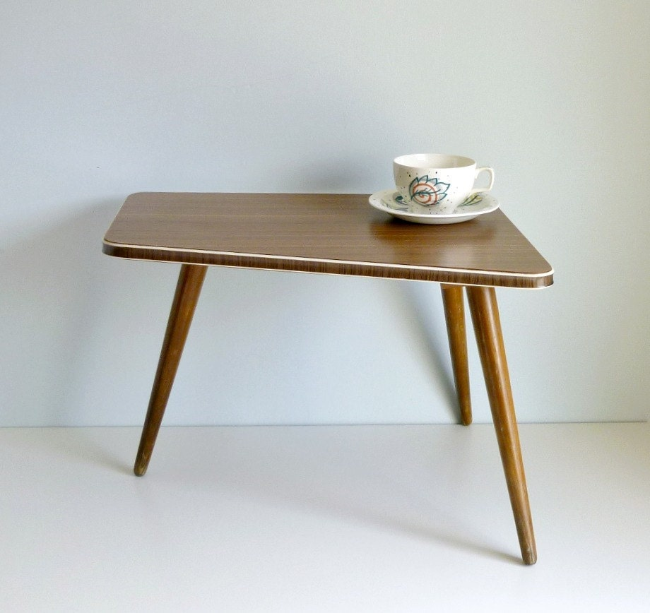 Mid Century Modern Tripod Coffee Table Atomic By Mungoandmidge