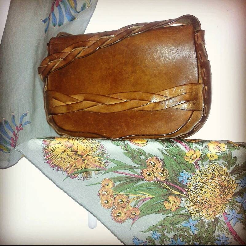 Beautiful genuine tooled leather messenger 1970s vintage rustic tan plated strap medium size bag sturdy