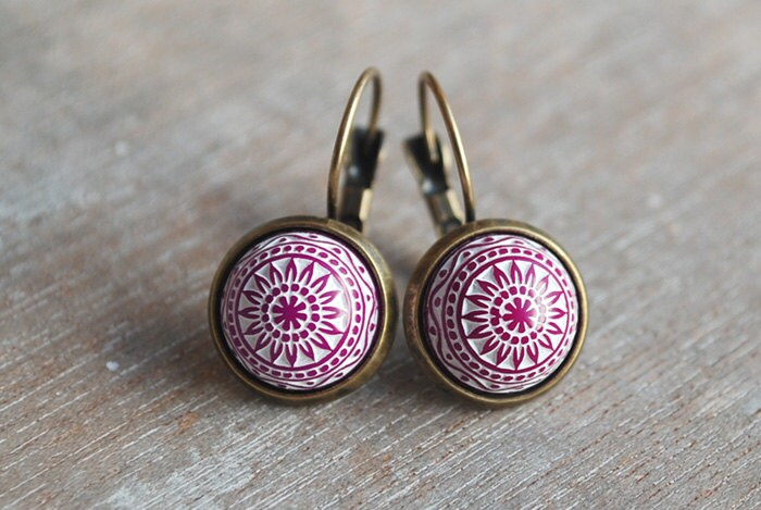Raspberry red mosaic earrings / pink / fall winter trends / elegant / urban romantic / modern / christmas gift for her - picturing