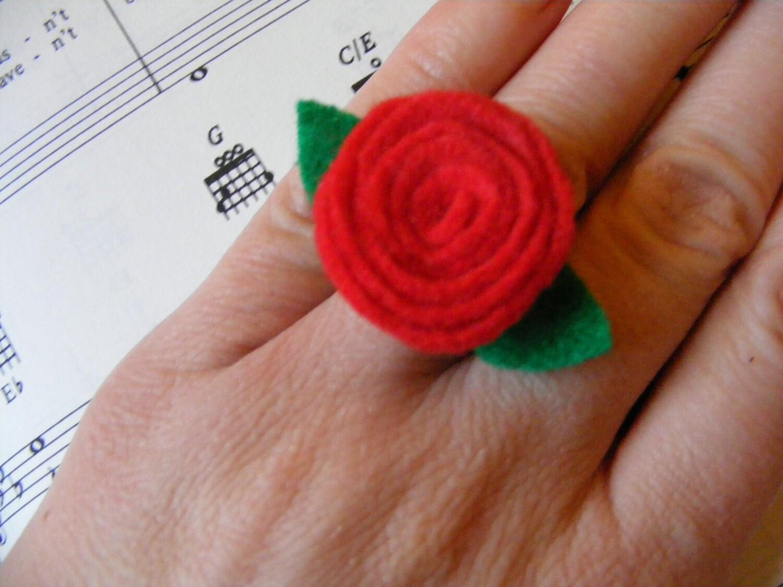 Ring Red Rose