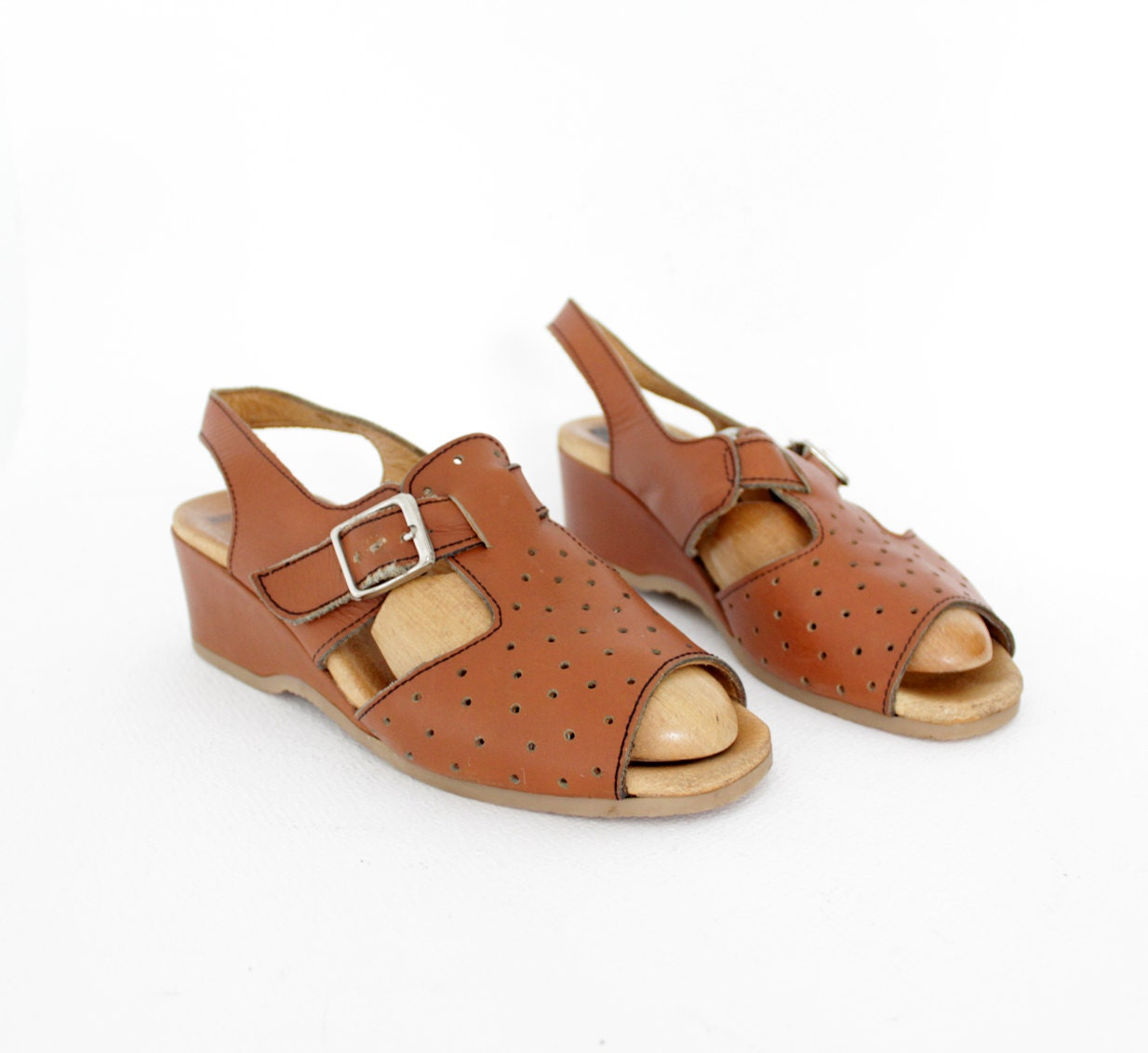 vintage shoes 70s perforated wedge sandals 38 7 5 by