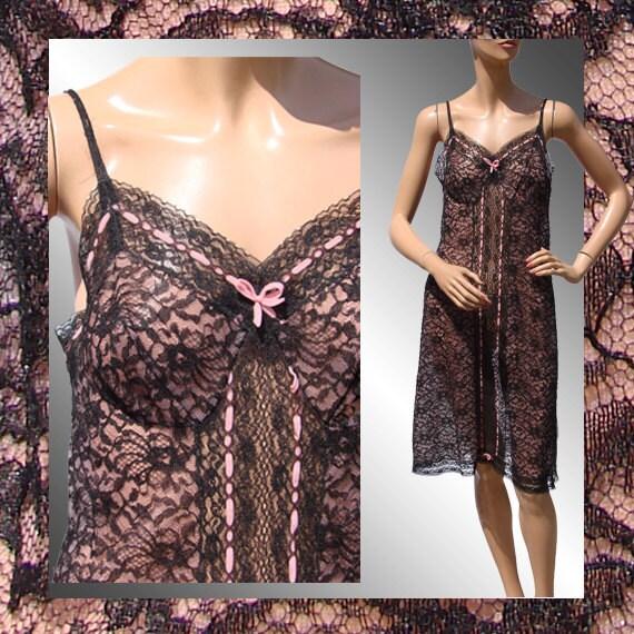 Vintage 1950s Black Lace Slip //  Pink and Black // Size 42 M / L - VintageFanAttic