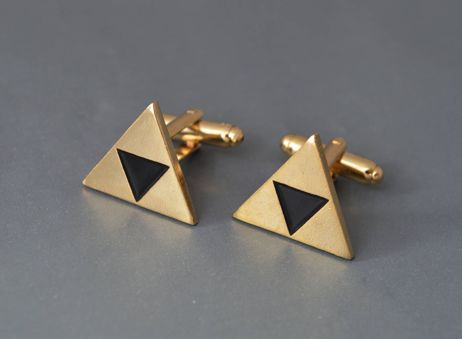 Zelda cufflinks Triforce Cufflinks Zleda Cuff Links Triforce Cufflinks Legend of zelda triforce