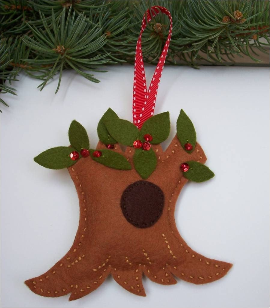 how to make felt wreath ornaments