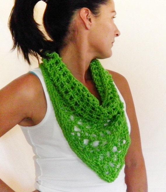 Neon Green Triangle Scarflette by NonasNote