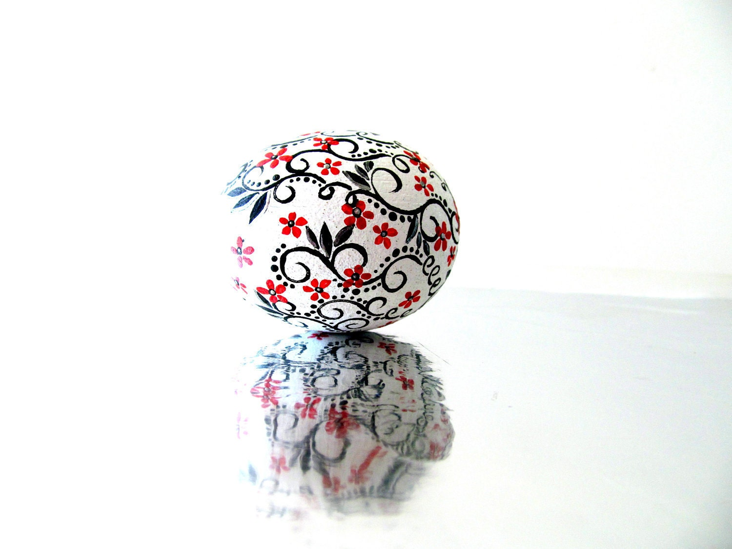 Red Black and white: Hand Painted Egg Ornament - PearlesPainting