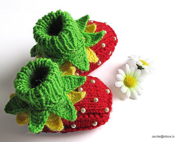 "Knitted Baby booties  ""Strawberry  Fairy"", hand knit baby girls shoes ,strawberry baby booties /0-3M"