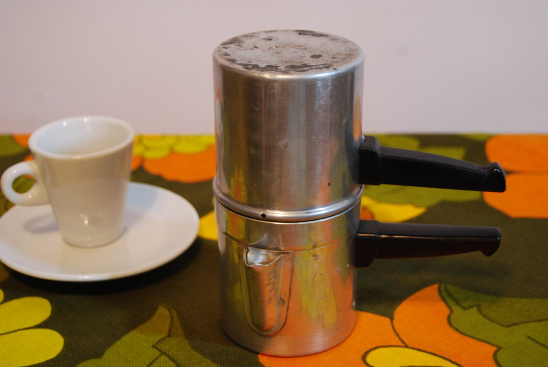 Vintage Neapolitan Italian Espresso Maker 2-3 by InMyGrannysAttic