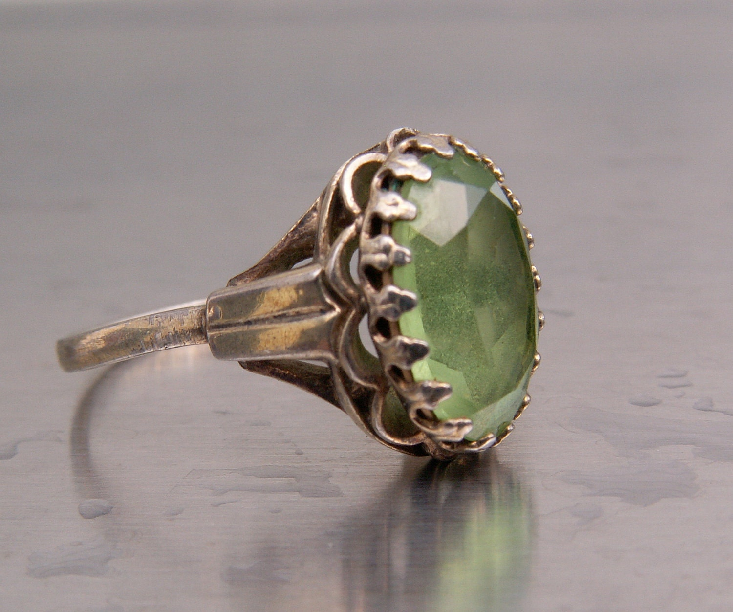 Antique Ring Vintage Glass Peridot Green Color Stone Sterling Silver Size 7 1960s Victorian Art Nouveau Look August Birthstone - TheJewelryChain