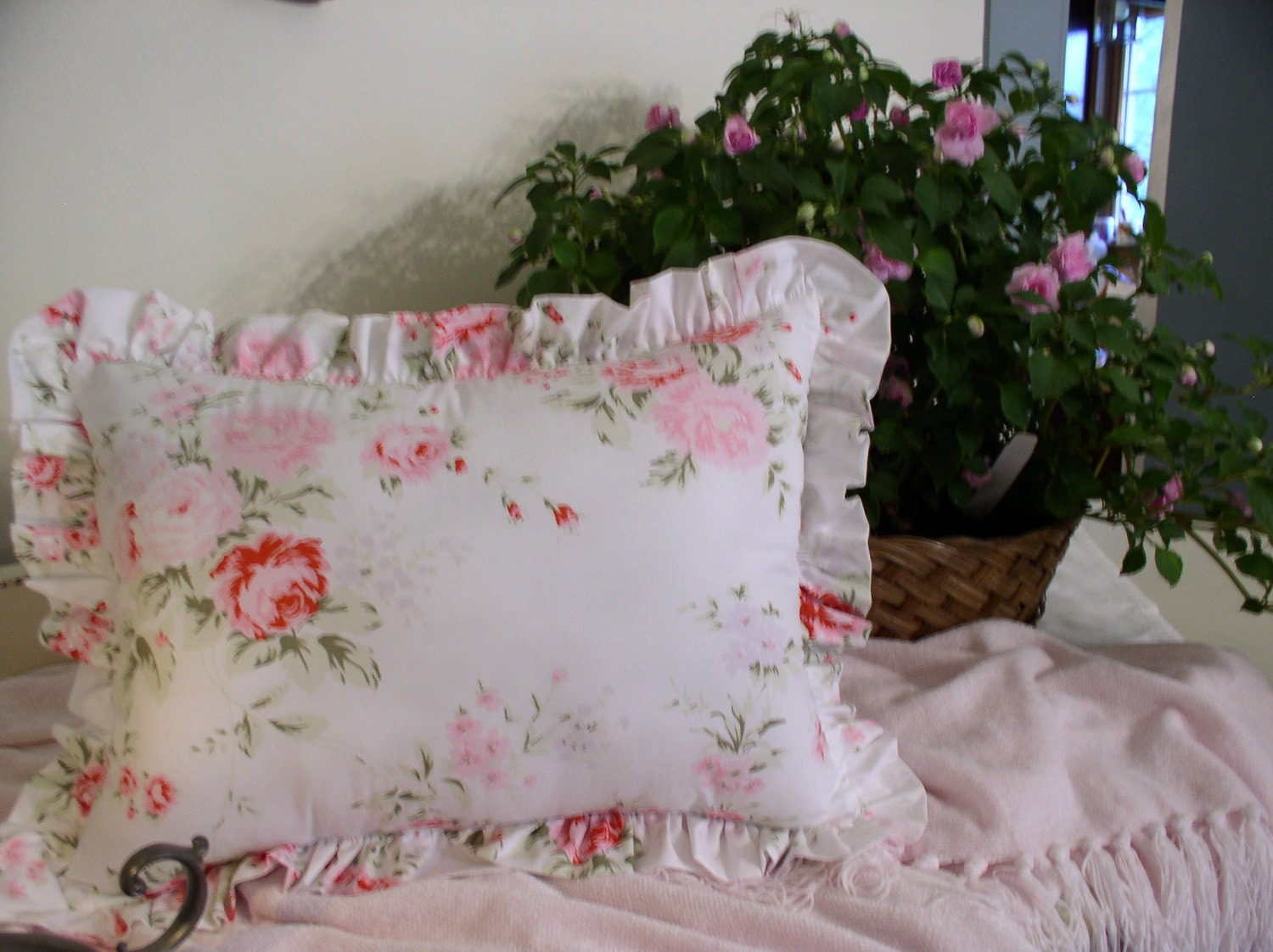 Etsy Shabby Chic Throw Pillows : Shabby Cottage Chic Throw Pillow Handmade by toiledejouy on Etsy