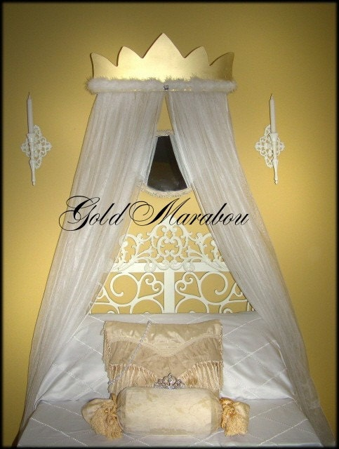Gold canopy bed curtains roole for Gold bed canopy