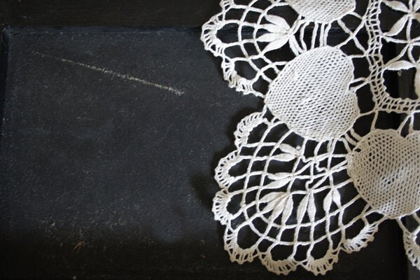 SALE // HEARTS, vintage DOILY // Large handmade doily // Ivory color - LaSartoria