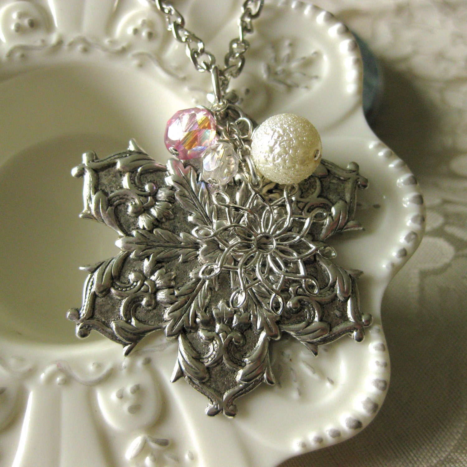 IN A WINTERS GARDEN - vintage snowflake necklace snow crystal - TheQueensDowry