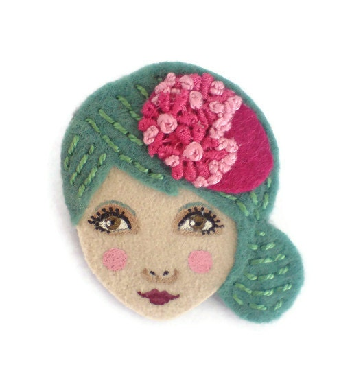 image felt brooch face woman flapper turquoise