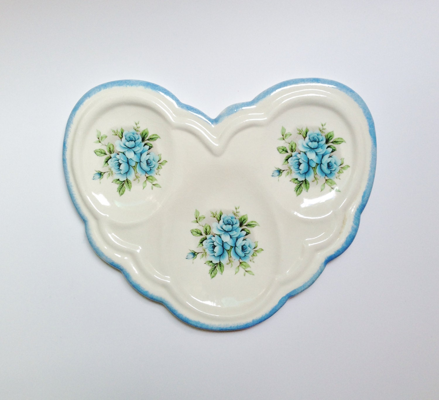 Unique Blue Cabbage Rose Heart Shaped Spoon Rest Vintage Stoneware - northandsouthshabby