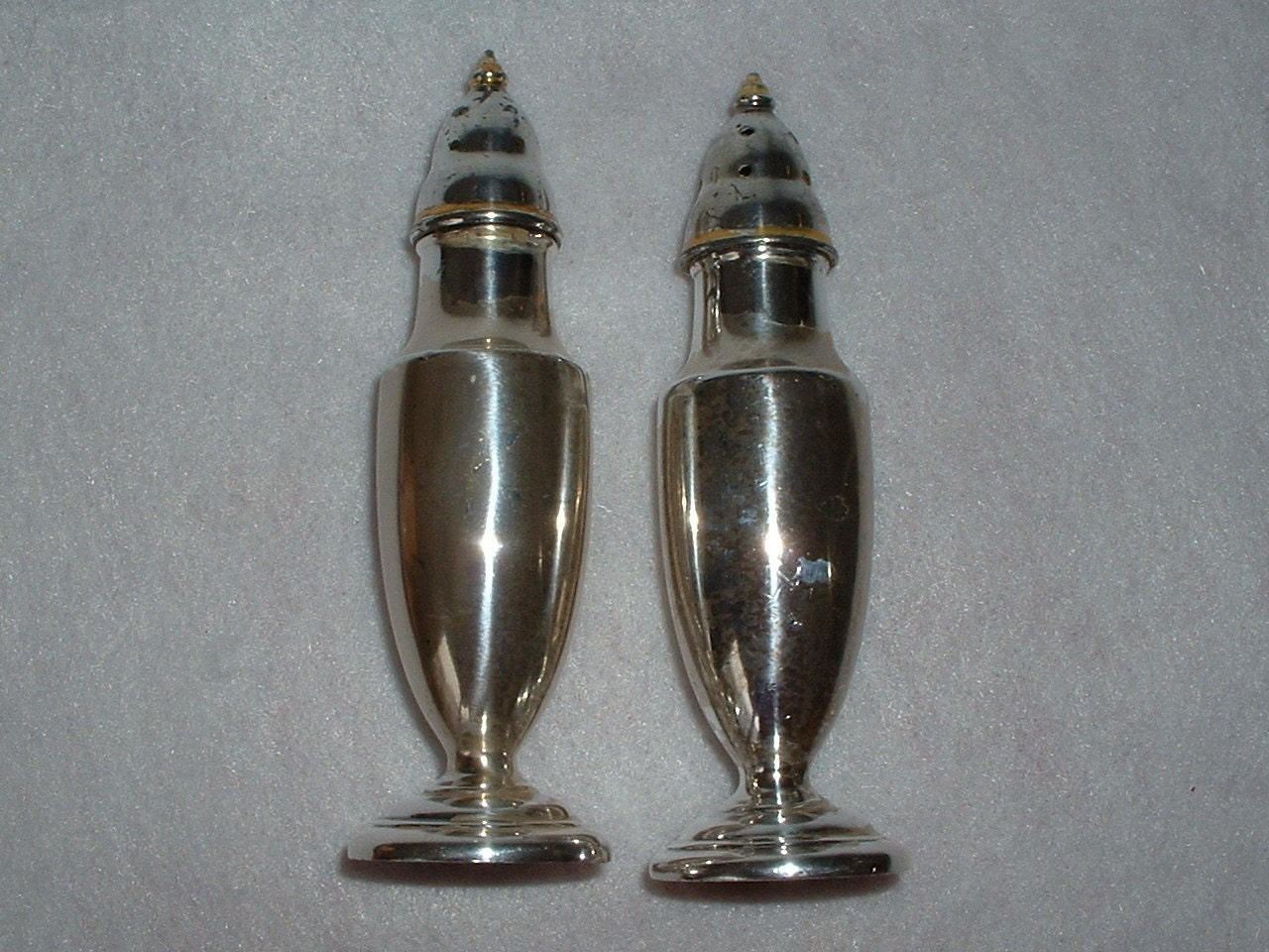 Elegant Vintage Silverplate Salt And Pepper By