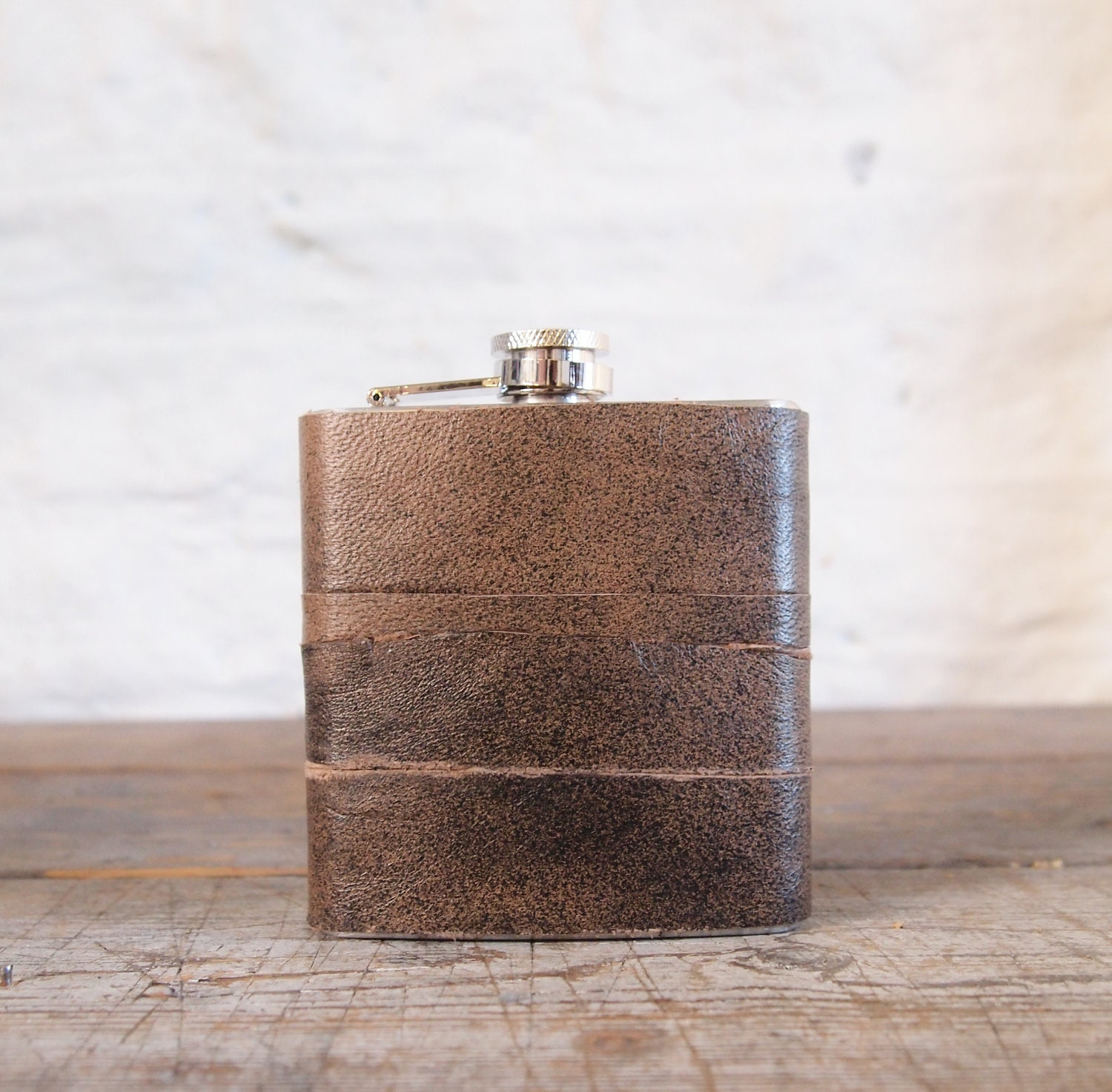 Customized Leather Hip flask - Recycled Leather Strips, Hand Engraved, Best Man Gift - Gx2homegrown