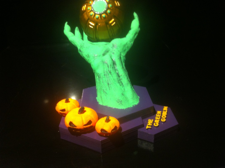 Green goblin pumpkin bomb