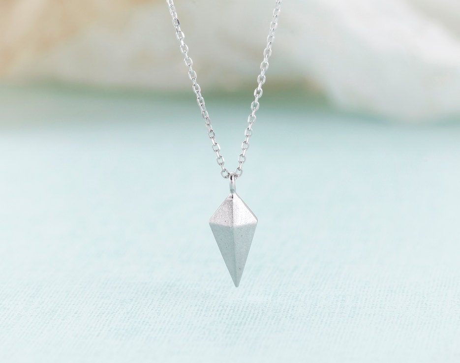 Chic Stud Necklace - Silver // N044-SV // Triangle stud necklace,pendant necklaces,trendy necklaces,cool necklaces,fashion necklaces