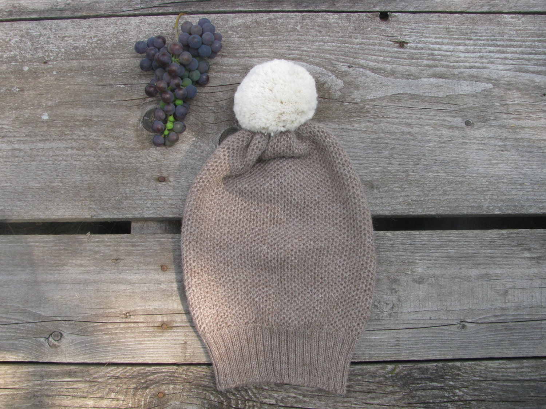 Alpaca wool brown hat with white pom pom - Ingugu
