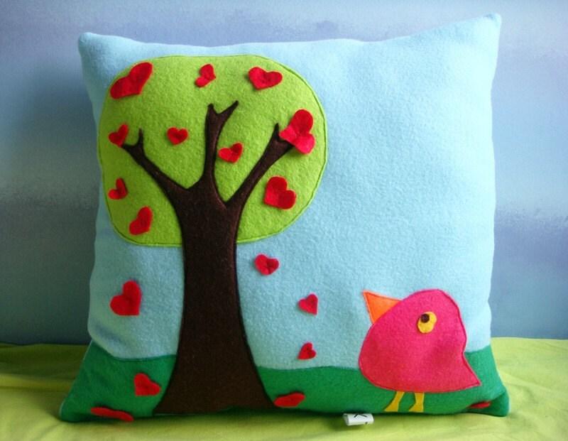 FREE SHIPPING -- Valentine birdy pillow - yumusakseyler