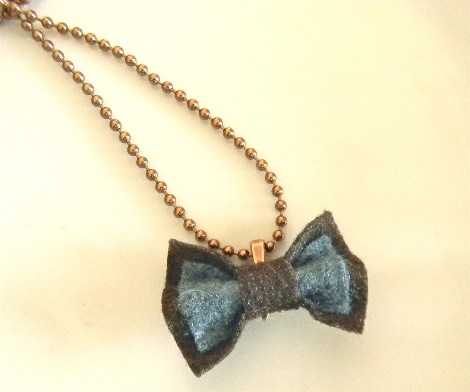 felt bow necklace